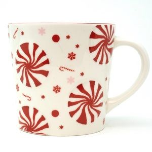 Starbucks 2007 Holiday Raised Peppermint Candy mug